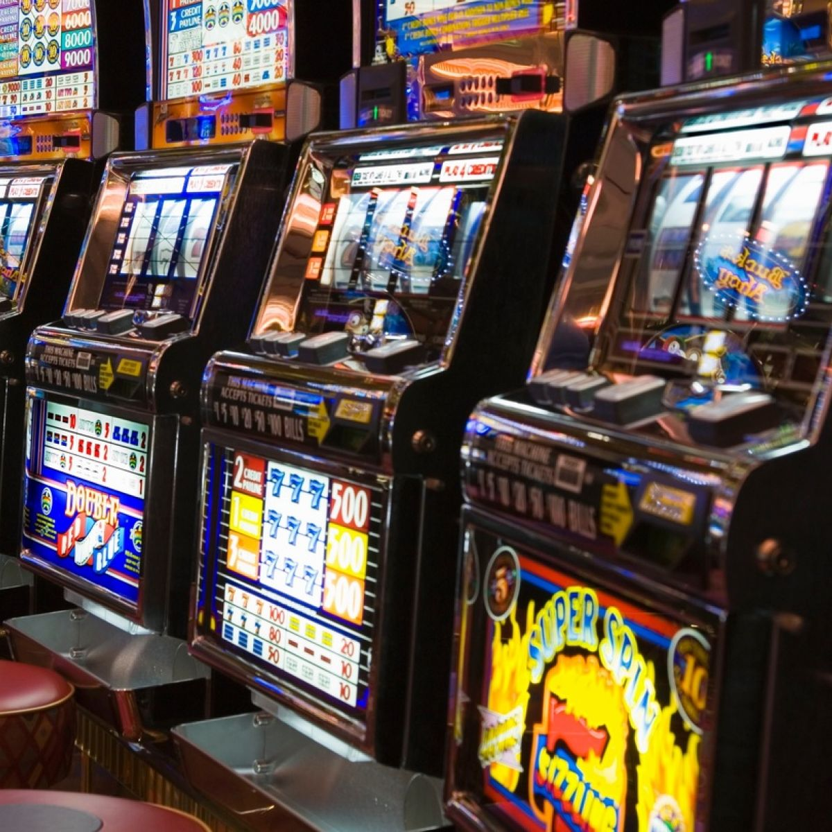 How to use the gamble button in the casino sites?